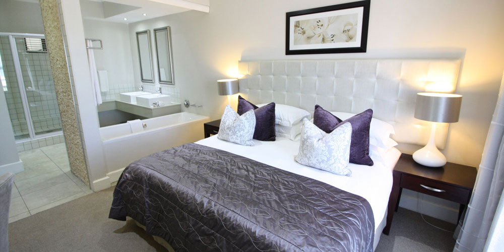 harbour square bedroom