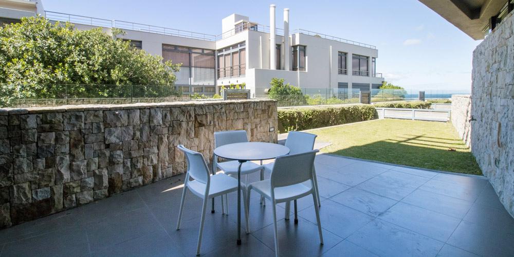le paradis apartment 4 garden patio