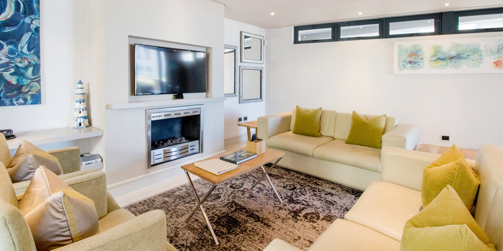le paradis apartment 4 living room